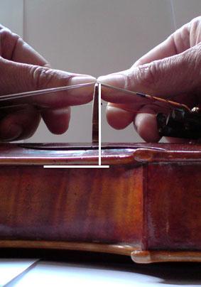 So wird im Geigenbau der Steg richtig verstellt